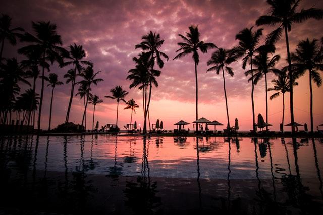 beach-clouds-hotel-60217