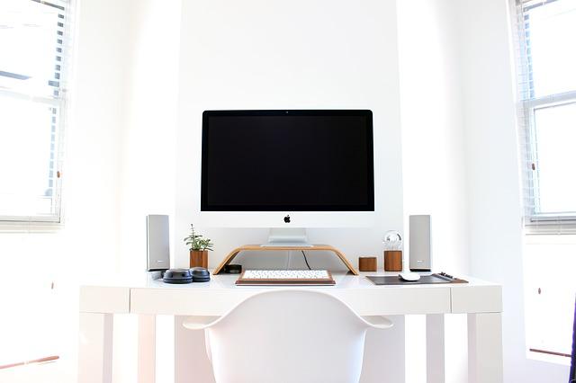 Apple počítačová zostava.jpg