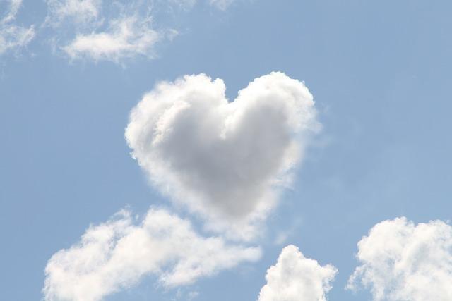 oblak srdce.jpg